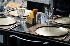 Lijst bij het restaurant royalty-vrije stock fotografie