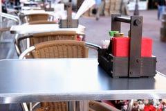 Lijst bij restaurant Royalty-vrije Stock Afbeeldingen