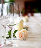 Lijst die bij een restaurant plaatst. Royalty-vrije Stock Afbeeldingen