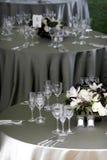 Lijst die voor een banket of een gebeurtenis plaatst Royalty-vrije Stock Fotografie