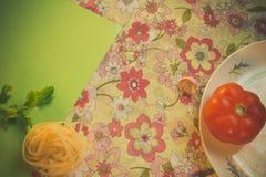 Lijst met elementen voor het koken Eigengemaakt voedsel stock foto's
