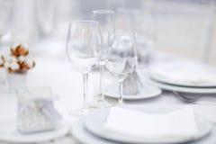 Lijst voor een van het gebeurtenispartij of huwelijk ontvangst wordt geplaatst die Stock Afbeeldingen