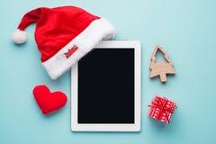 Lijstcomputer op lei, het kader van de Kerstmisdecoratie Stock Afbeeldingen