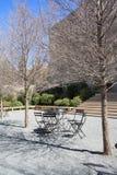Lijsten en stoelen voor rust Royalty-vrije Stock Afbeelding