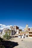 Likir kloster med statyn av Buddha, Leh-Ladakh, Jammu and Kashmir, Indien Royaltyfri Fotografi