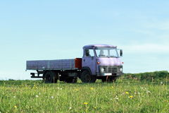 lila ciężarówka obraz royalty free