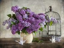 Lilac e origami Fotos de Stock Royalty Free