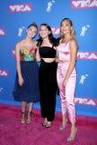 Lilia Buckingham, Millie Bobby Brown e Maddie Ziegler immagine stock libera da diritti