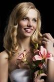 Lilienart und weise portarit, betrachtet sie links, sie laug Lizenzfreie Stockbilder