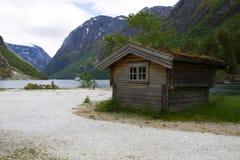 lilla berg för hus Arkivbilder