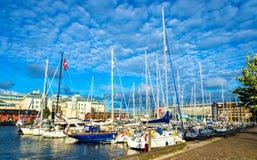 Lilla Bommen,哥特人-瑞典的客人小游艇船坞 免版税库存图片