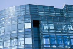 lilla fyrkantiga fönster Arkivbilder