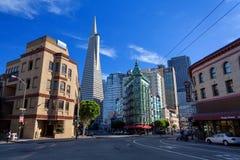 Lilla Italien, finansiellt område, i stadens centrum San Francisco, Förenta staterna royaltyfri fotografi