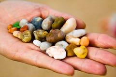 lilla stenar för kusthandhav Royaltyfria Bilder
