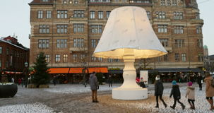 Lilla Torg Square a Malmo, Svezia stock footage