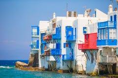Lilla Venedig den populäraste dragningen i den Mykonos ön Grekland, Cyclades Arkivfoton
