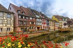 Lilla Venedig, liten och nätt Venise, i Colmar, Alsace, Frankrike royaltyfri fotografi