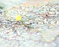 Lille a goupillé sur la carte d'itinéraire photographie stock libre de droits