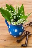 Lilly del mazzo della valle in vaso Fotografie Stock Libere da Diritti