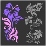 Lilly - diseño floral Tatuaje femenino Ejemplo del vector en un fondo negro Imagen de archivo libre de regalías