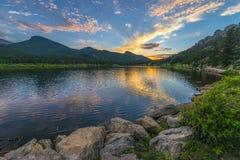Lilly Lake no por do sol - Colorado Fotos de Stock Royalty Free