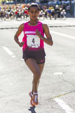 Lily Bloomsday 2013 12k bieg w Spokane WA kobietach Otwiera zwycięzcy Buzunesh Deba obraz royalty free