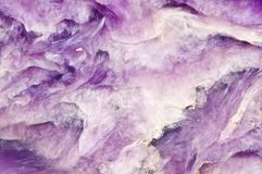 Lily tło Charoite mineralisation crystal Naturalny abstrakcjonistyczny b obrazy stock