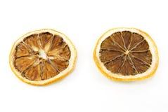 Limão desidratado da fatia no fundo branco Fotografia de Stock