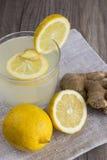 Limão e Ginger Detox Drink Fotografia de Stock