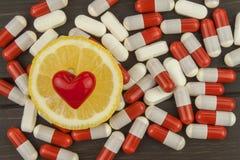 Limón como símbolo de la vitamina C Fotografía de archivo libre de regalías