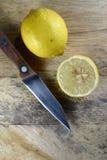 Limón cortado Fotografía de archivo libre de regalías