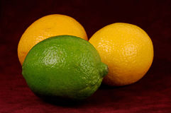 Limón y cal fotos de archivo