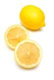 Limões em um fundo branco do estúdio. fotografia de stock