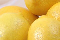 Limões em um grupo Fotografia de Stock Royalty Free