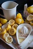 Limões espremidos fotografia de stock royalty free
