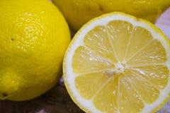 Limões frescos Fotografia de Stock Royalty Free