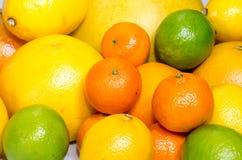 Limões, laranjas e cais Fotografia de Stock Royalty Free