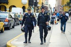 Lima/Perú - 07 18 2017: La policía patrulla fotografía de archivo