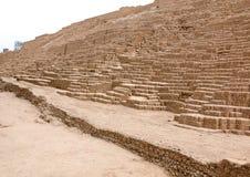 LIMA PERU - NOVEMBER 24, 2015: Huacaen Pucllana lima peru Arkivbild