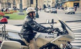 Lima/Peru 07 18 2017 Polizisten-Offizier auf Patrouille lizenzfreies stockbild