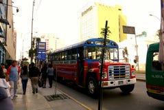 Lima Peru/8th Wrzesień 2103/A typowy coloured, jaskrawy Dec i obrazy stock