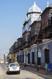 Lima, Petu - 31 décembre 2013 : Vue de rue de la vieille ville de Lima avec Photos stock