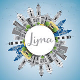 Lima Skyline con lo spazio di Gray Buildings, del cielo blu e della copia Immagini Stock