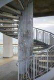Ślimakowaty schody na dennym moscie Obrazy Stock