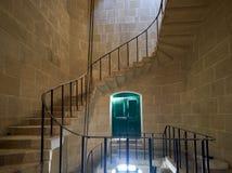 Ślimakowaty schody w Malta Morskim muzeum w Vittoriosa Zdjęcia Royalty Free