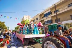 LIMASSOL CYPR, LUTY, - 26: Dziecko karnawał bierze część w dzieciach karnawałowa parada, Luty 26, 2017 w Limassol Obrazy Stock