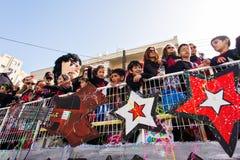 LIMASSOL CYPR, LUTY, - 26: Karnawałowi uczestnicy na Cypr Karnawałowej paradzie na Luty 26, 2017 w Limassol Zdjęcia Royalty Free