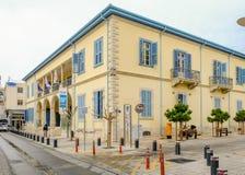 LIMASSOL CYPR, MARZEC, - 3, 2017: Uniwersytecki budynek w Starym Holuje zdjęcia royalty free