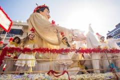 LIMASSOL, CYPRUS - FEBRUARI 26: De kinderen Carnaval neemt aan de parade van Kinderencarnaval, 26 Februari, 2017 in Limassol deel royalty-vrije stock afbeeldingen