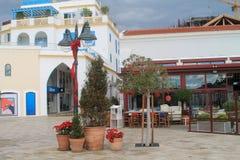 Limassol-Jachthafen im Dezember lizenzfreie stockfotos